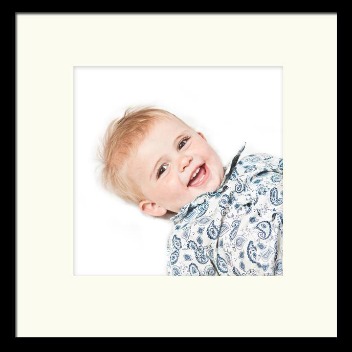 BenjaminRobertMuir-Family-Photographer-Bristol-UK-Beautiful-Smiles