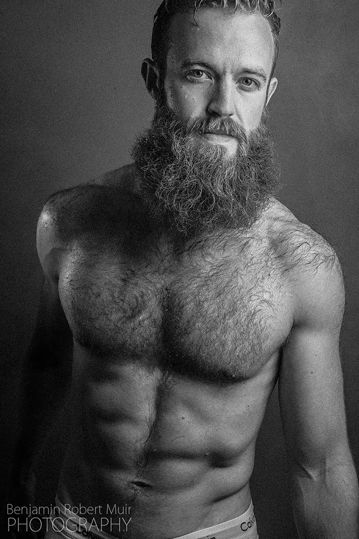 BenjaminRobertMuir-NSFW-Sexy-Boudoir-Photograper-Bristol-UK-Calvin-Kleins-Topless-Male-Six-pack-beard